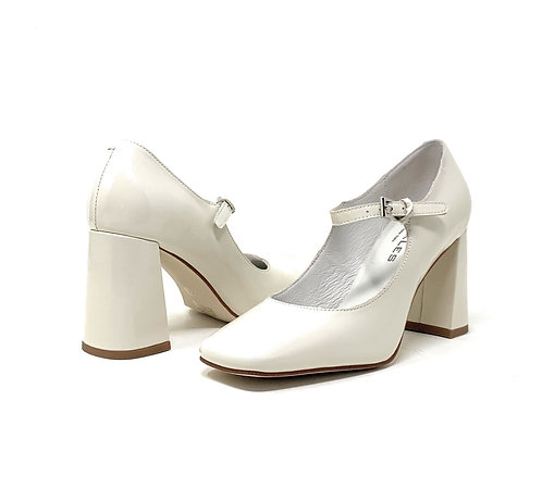 BUCKLES | BOURD | IVORY PATENT LEATHER
