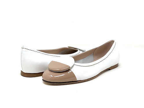 BUCKLES | ARTI | WHITE LEATHER/NUDE PATENT TIP
