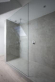 Mikrocement. Łazienka. Prysznic. Beton.