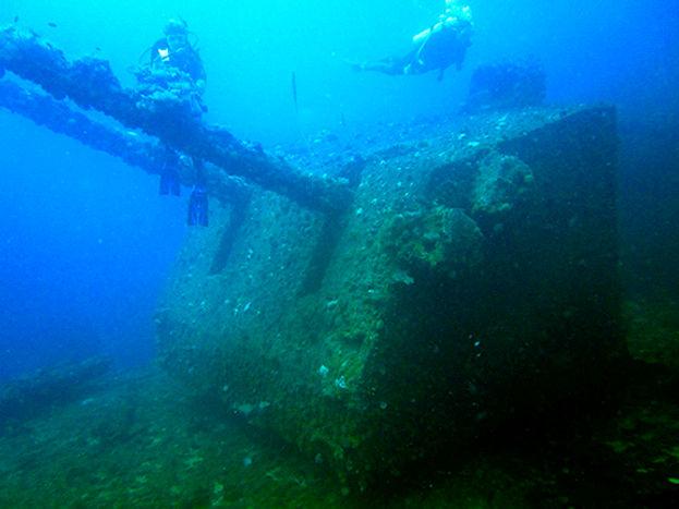 Diving in Bikini Atoll Lagoon