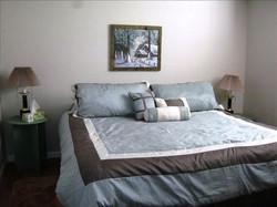 Bedroom - King downstairs