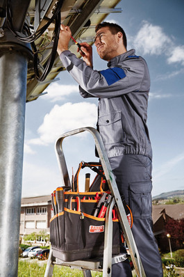 DROPS Training Scheme Combats Risk of Tools Falling From Height