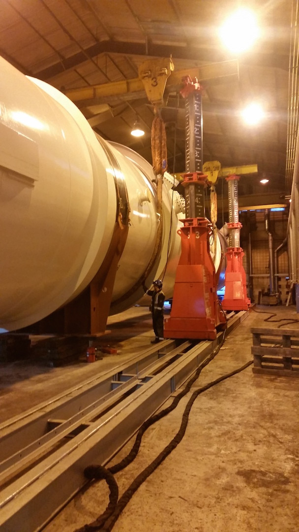 Ainscough Industrial Services' Mega Lift lifted and lowered the vessel onto compression load cells.