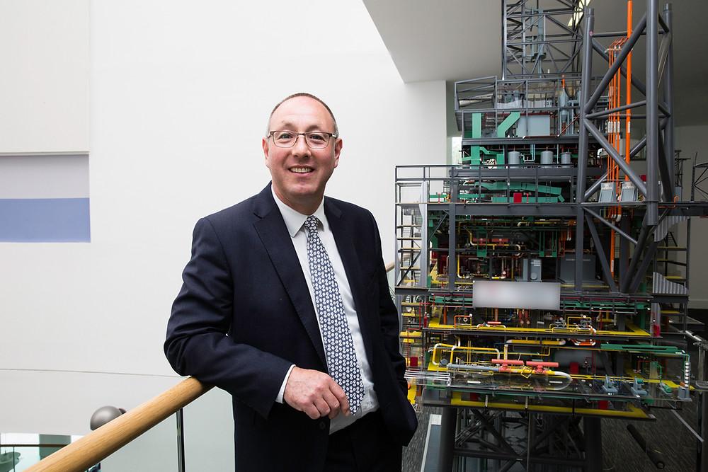Professor Paul de Leeuw  Director, Oil and Gas Institute
