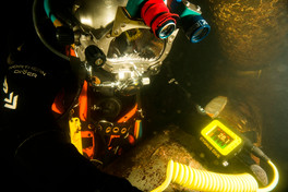 Equipping divers with a practical Underwater Thickness Gauging kit