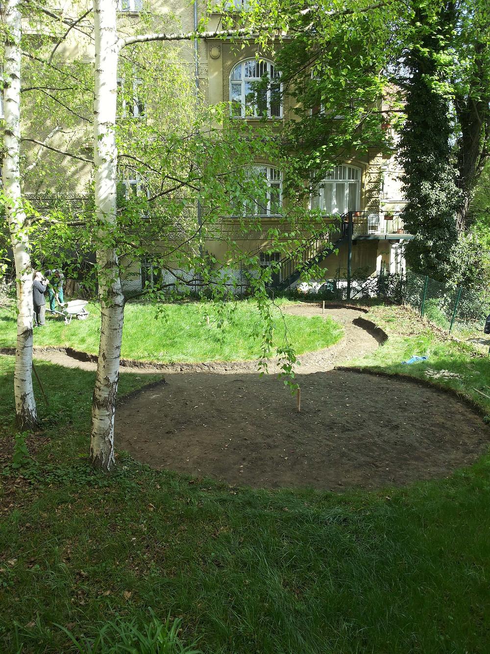 garden landscaping starts in vienna garden