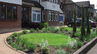 Mediterranean Front Garden Design in Southgate