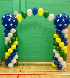 Balloon Columns with Connecting Arch