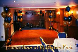 Floor-Standing Balloon Displays
