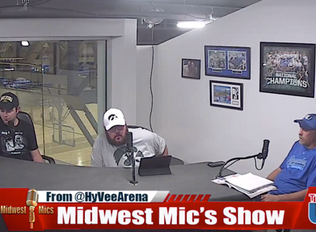 College Football is Back!! on Midwest Mic's this week