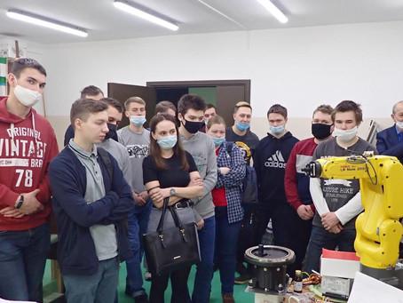 Студенты ВоГУ побывали на экскурсии в ЦМИТ.