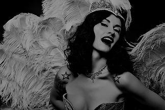 Burlesque Diva_edited.jpg