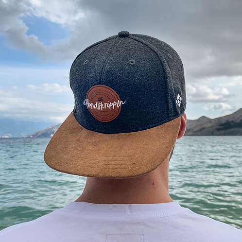 """d'Hundskrippln"" - Snapback Cap"
