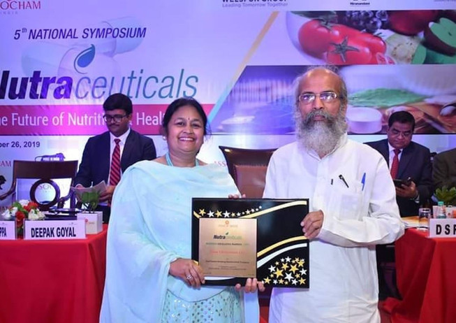 "Zeon Lifesciences proudly receives ""The Fastest Growing Nutraceutical Company of The Year 2019 Award at ASSOCHAM Business Excellence Award Ceremony"