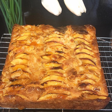 gluten free spiced apple cake