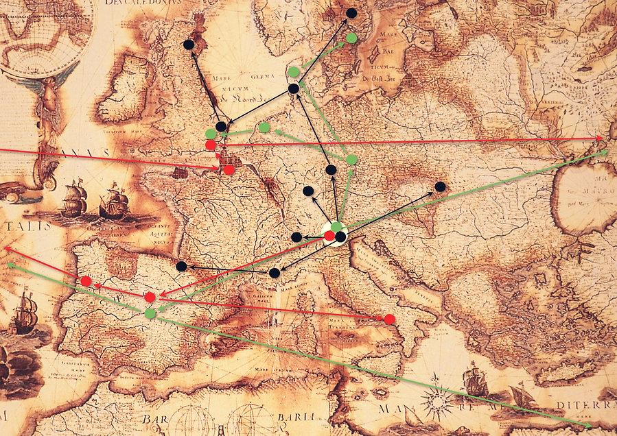 Mappa con tracciati pages-1_edited.jpg