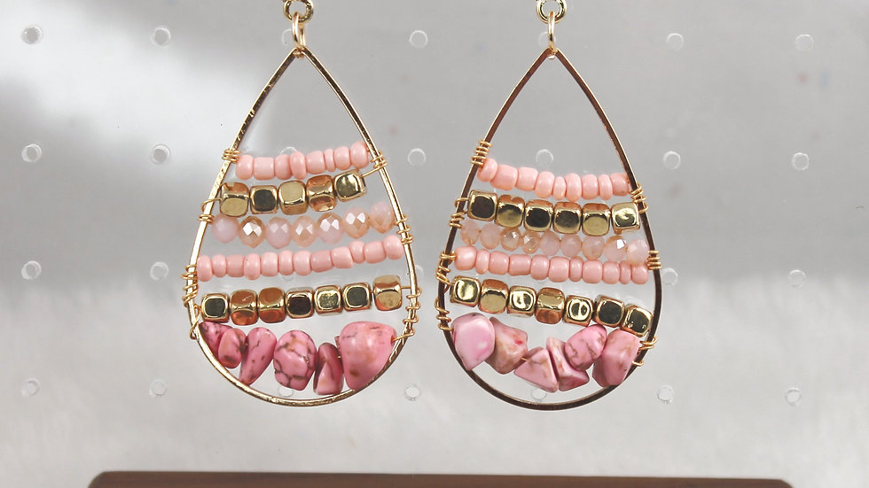 Gold & Pink beaded earrings.