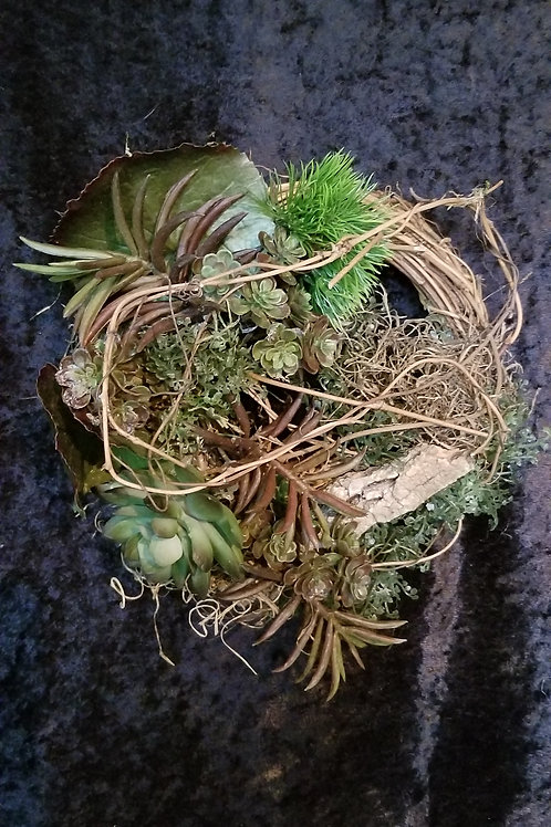 152 -Natural Wreath with Succulents