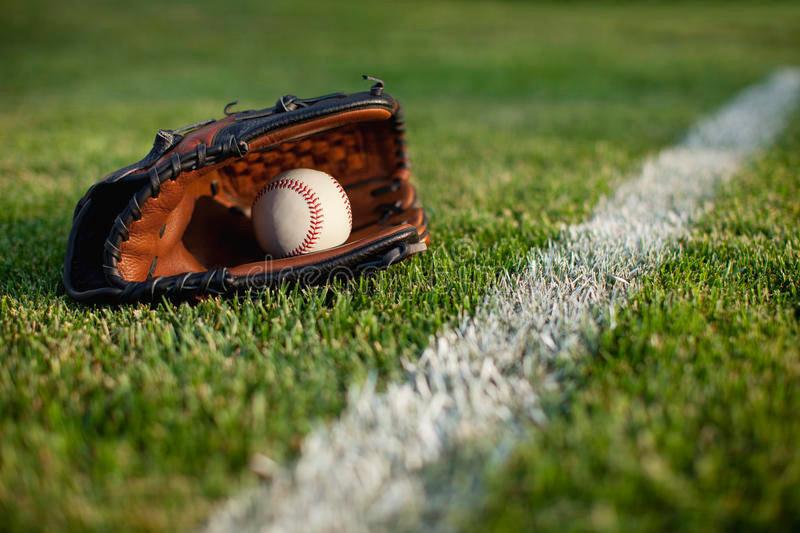 baseball-mitt-ball-field-white-line.jpg