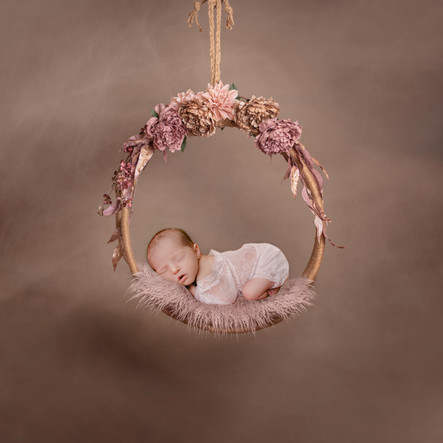 Newborn hanging swing