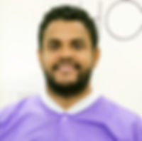DR._HENRY_ALCANTARA_CIRUJANO_IMPLANTóLOG