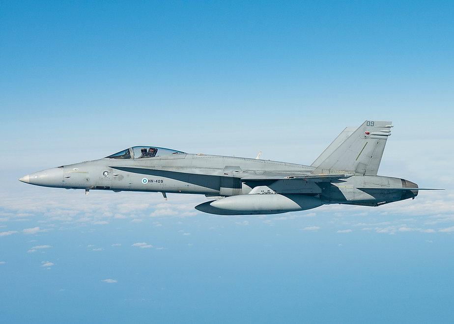 AV8 IMAGES AIR TO AIR F18 011.jpg