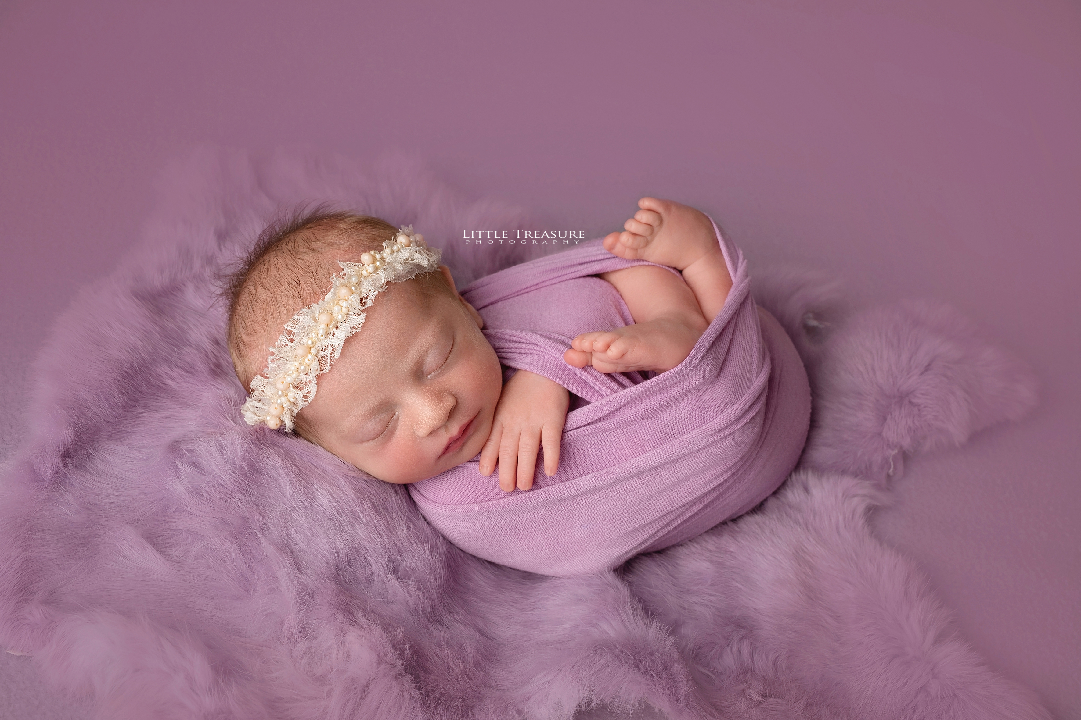 newborn photo session brentwood