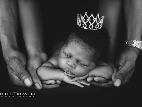 Levi | Mini Newborn Photo Session Essex