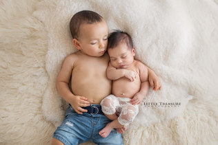 Essex Newborn Baby Photographer.jpg
