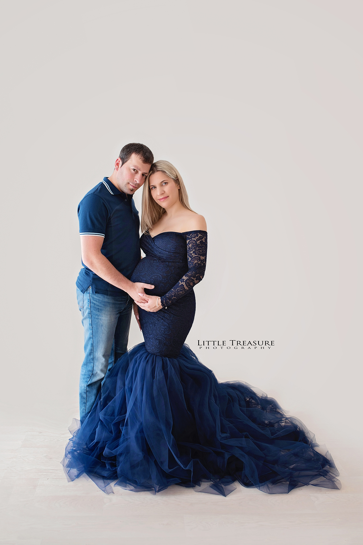 exxes maternity photographer