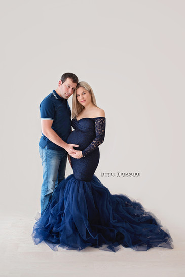 exxes maternity photographer.jpg