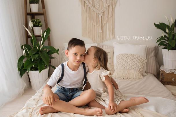 Brentwood family photographer.jpg