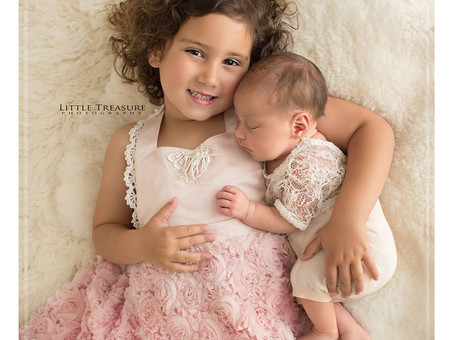 Cleopatra and Sienna | Essex Newborn Photography