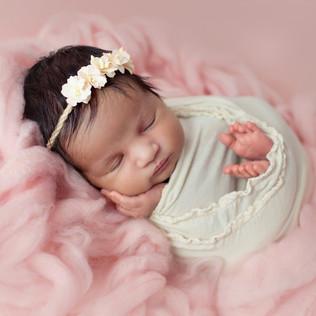 romford best newborn photographer.jpg