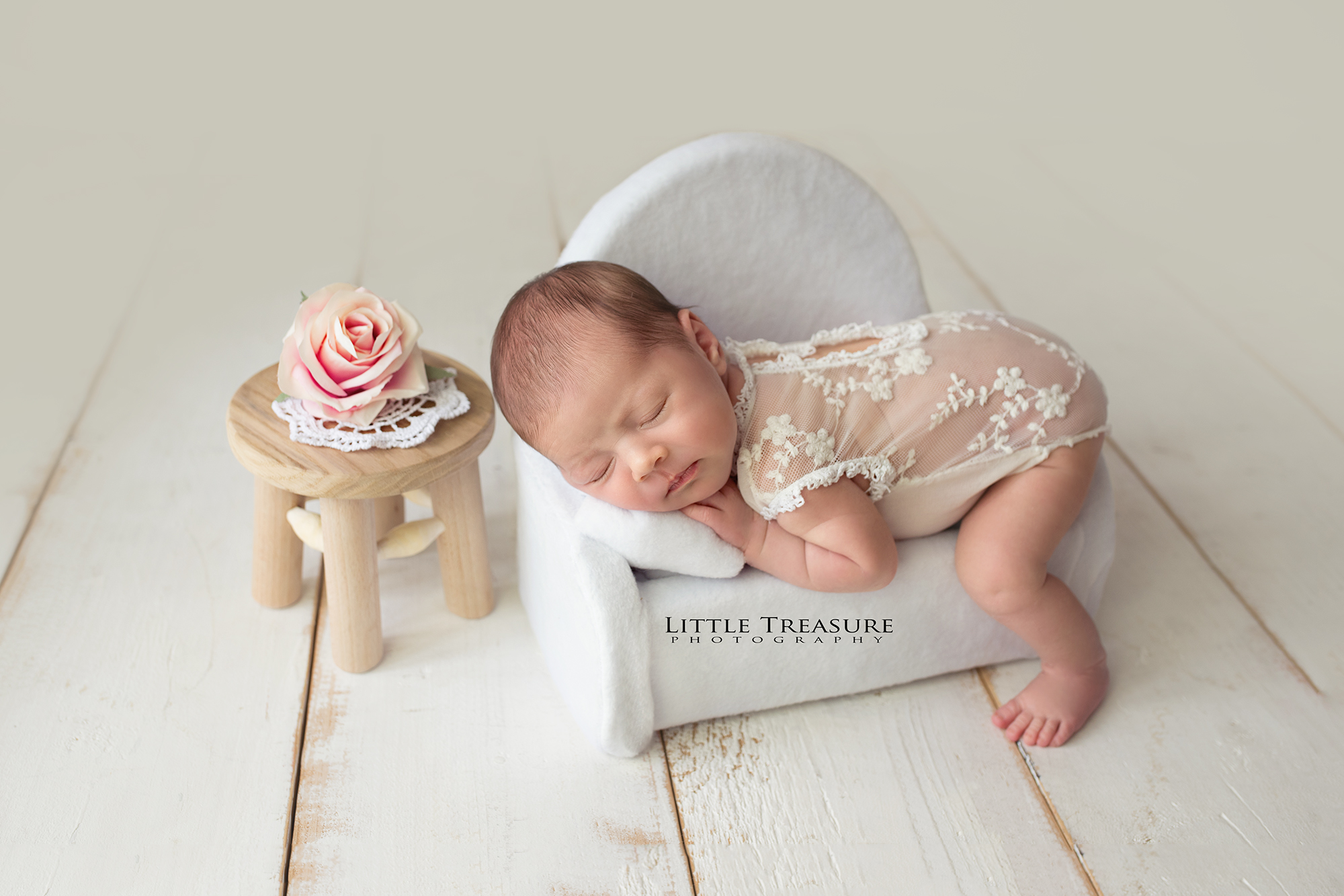 Essex Newborn Baby Photographer