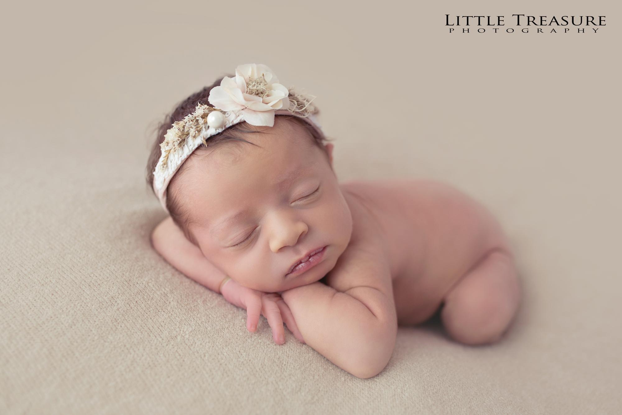 Newborn Photographer Grays