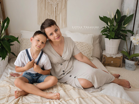 Cosy Bed Photo Session | Family Photographer Essex