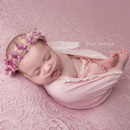 Ella, 18 weeks old   Newborn Photo Session Romford, Essex
