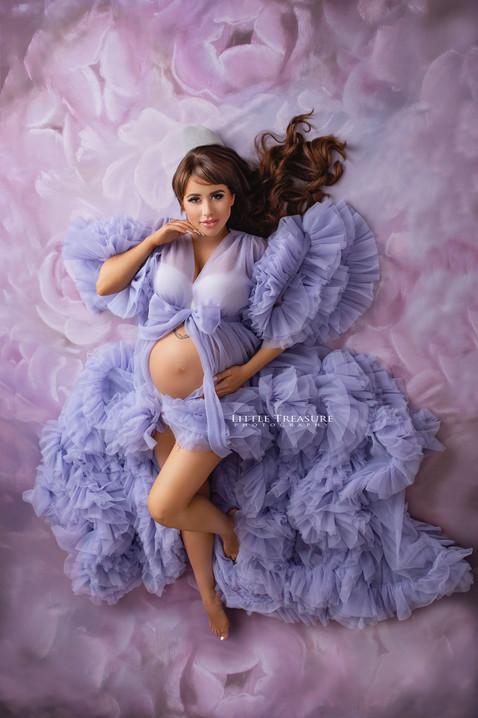 grays maternity photographer.jpg