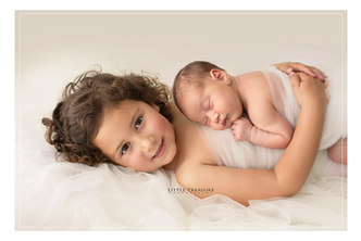 London Newborn Baby Family Photographer.