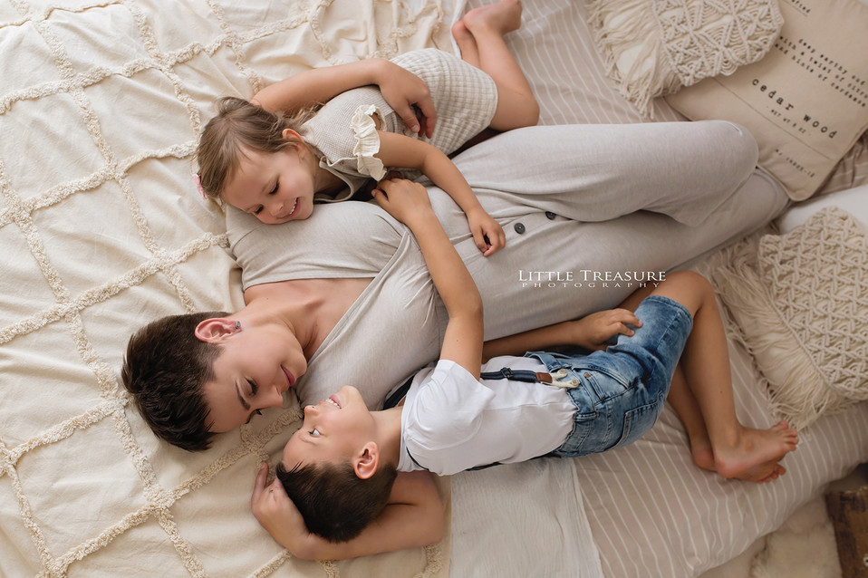 Rainham family photographer.jpg