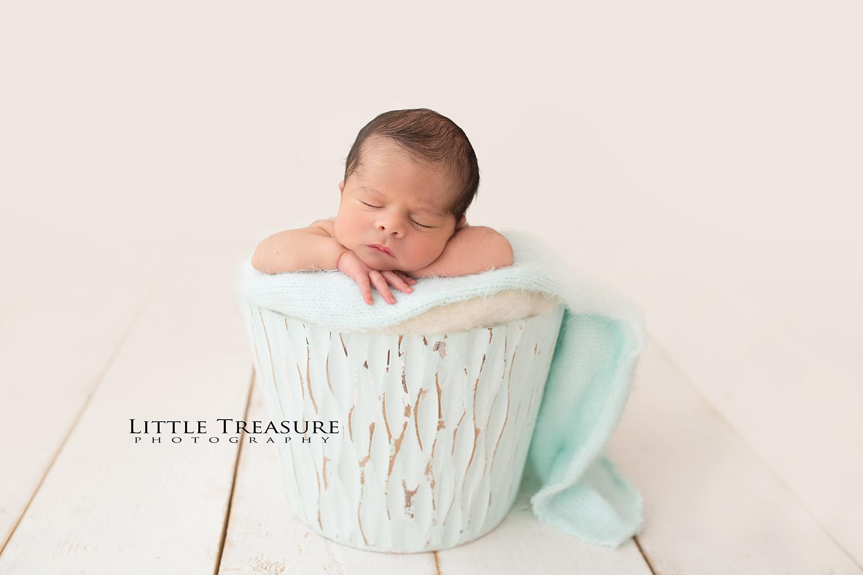 Grays Essex Newborn Photographer 2