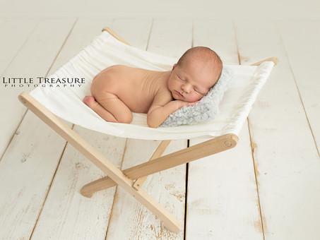 George | Newborn Baby Photo Session Grays, Essex