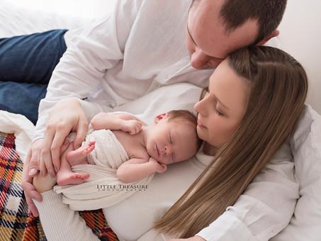 Natural Newborn Photo Session with baby Austen | Newborn Photographer Essex