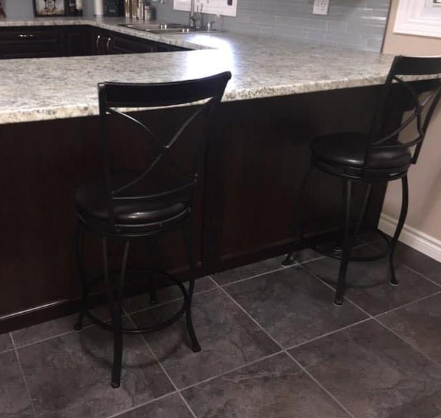 Custom Kitchen Counter Bar
