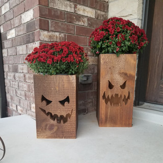 Wooden Pumpkin Boxes for Halloween with Flowers