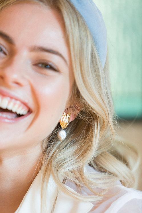 Flo Pearl Earrings