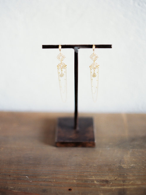 Lucy Lace Chain Earrings