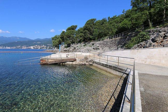 Terra Apartments Rijeka - Kostanj Beach
