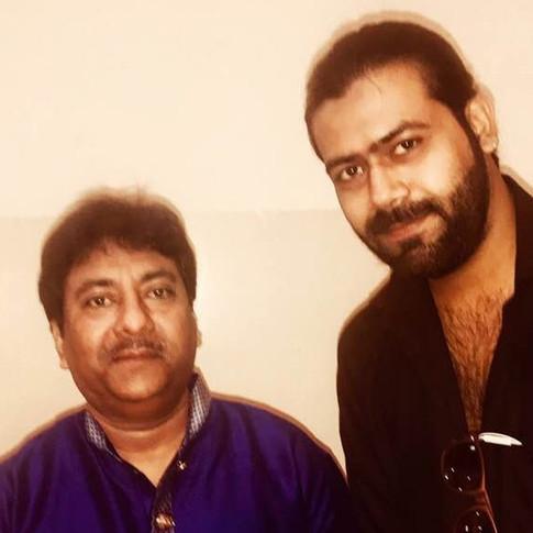 Ustad Rashid Khan (left) with Singer Siddhant Pruthi (right)